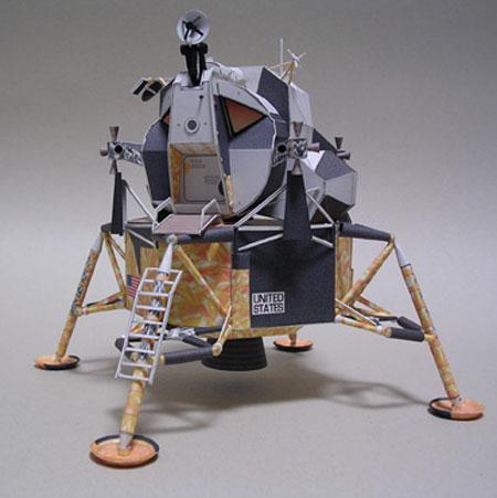 Apollo lunar module paper model friday, mar 16 2012